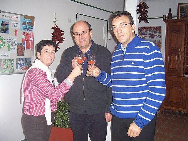Representantes de la D.O.O. Pimentón de Murcia participan en los actos de la fiesta de la D.O.P. Pimiento de Espelette (Francia), Foto 1