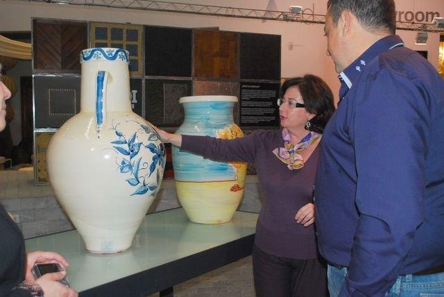 El Centro de Artesanía de Murcia expone una muestra de la alfarería tradicional de Totana, Foto 1
