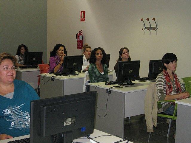 Comienza un curso de Ofimática para mujeres, Foto 2