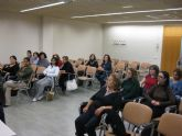 Ante la demanda de las mujeres, el Ayuntamiento ofertar� a principios de año un curso de ingl�s avanzado
