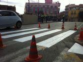 Realizan trabajos de repintado de la señalización horizontal en varias calles del centro urbano