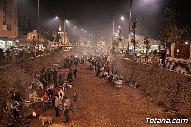 El tradicional concurso de migas de las fiestas de Santa Eulalia se celebrará finalmente en un jardín junto al recinto ferial, Foto 1