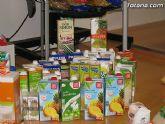 Cáritas y Adipsai reciben más de 700 kilos de comida y 200 litros de leche, aceite y zumos - 5