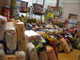 Cáritas y Adipsai reciben más de 700 kilos de comida y 200 litros de leche, aceite y zumos - 8
