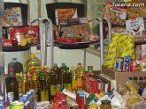 Cáritas y Adipsai reciben más de 700 kilos de comida y 200 litros de leche, aceite y zumos - 9