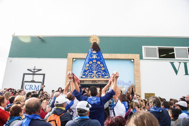 Una multitudinaria romería arropa a la Purísima en su regreso a Bolnuevo, Foto 2