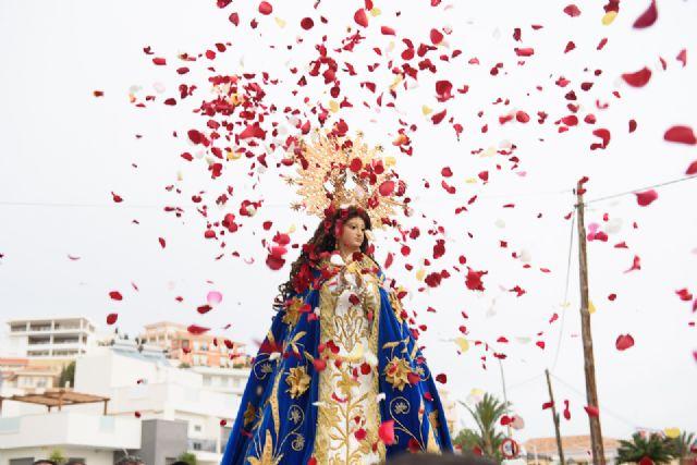 Una multitudinaria romería arropa a la Purísima en su regreso a Bolnuevo, Foto 3