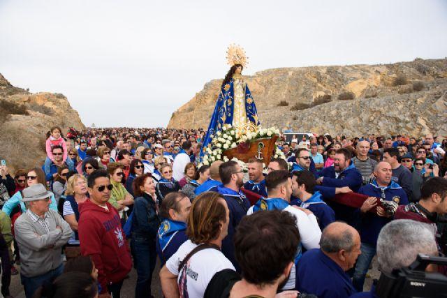 Una multitudinaria romería arropa a la Purísima en su regreso a Bolnuevo, Foto 4
