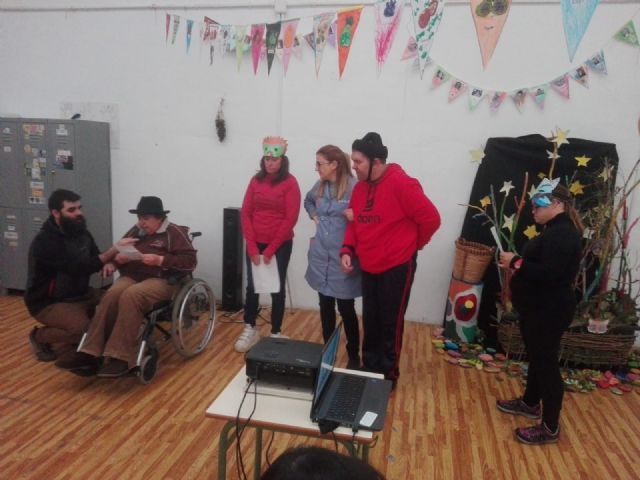 """The City Day Disability Centers organize """"The Fall Festival"""" as a culmination to a work of several weeks, Foto 6"""