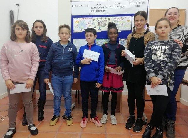 Se entregan los premios del XV Concurso de Dibujo de los Derechos del Niñ@ del 2018 - 1, Foto 1