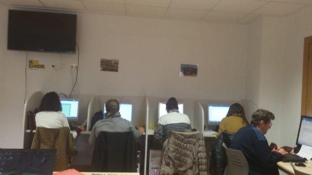 El Colectivo El Candil inicia en Totana un curso de formación de Informática Básica - 3, Foto 3