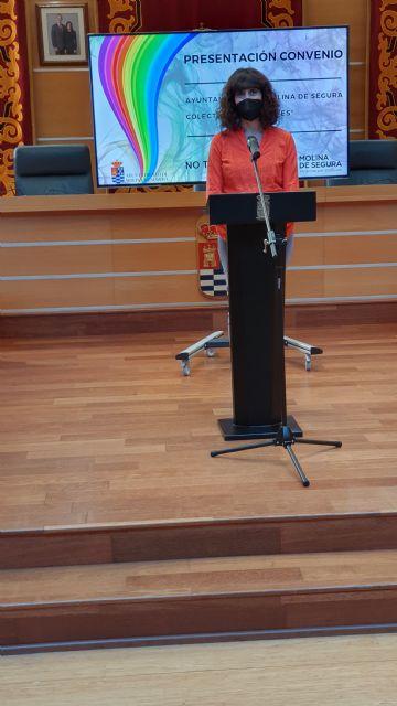 El Ayuntamiento de Molina de Segura y el Colectivo No te prives LGTBI de la Región de Murcia firman un convenio para la realización de actividades de sensibilización contra la LGTBIfobia en 2020 - 1, Foto 1