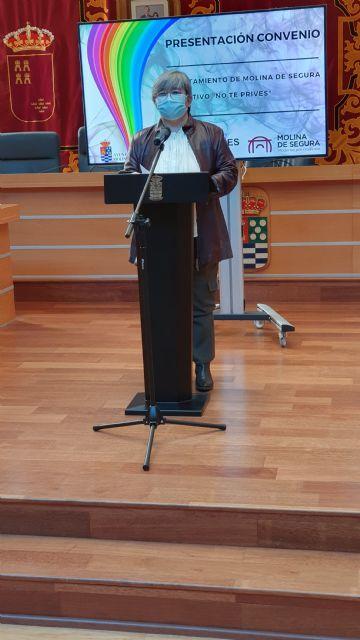 El Ayuntamiento de Molina de Segura y el Colectivo No te prives LGTBI de la Región de Murcia firman un convenio para la realización de actividades de sensibilización contra la LGTBIfobia en 2020 - 2, Foto 2