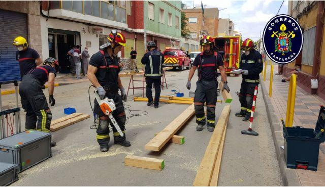Aprobadas las bases para cubrir 32 plazas de la plantilla municipal, 15 de ellas de bombero - 1, Foto 1