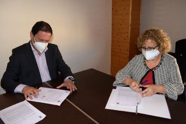 Cruz Roja Mazarrón seguirá prestando el servicio de transporte sanitario en el municipio el próximo año - 1, Foto 1