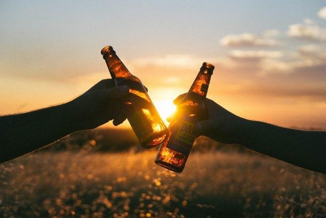 Estrella de Levante repondrá de forma gratuita toda la cerveza paralizada en la hostelería durante las semanas de cierre - 1, Foto 1