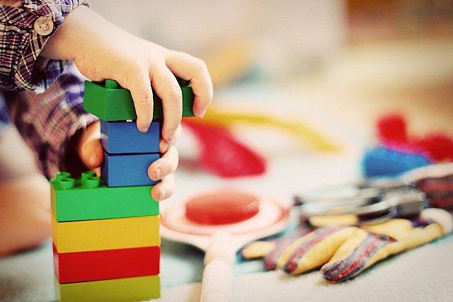 Los niños juegan hasta una hora y media más que antes de la pandemia y Viva el cole analiza los motivos - 1, Foto 1
