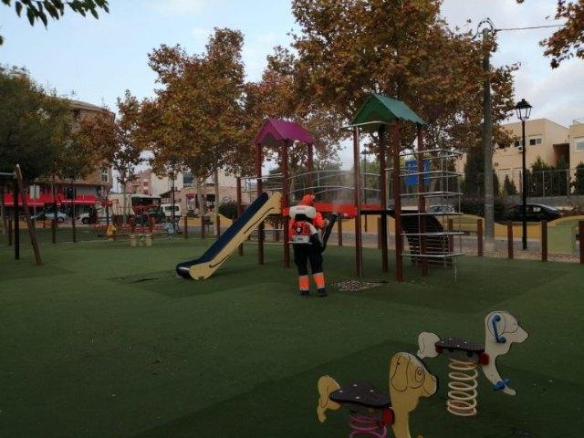 Se recuerda a los vecinos la obligatoriedad de no permanecer en parques después de las 19.00 horas - 1, Foto 1