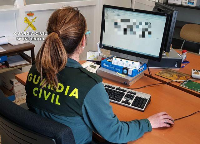La Guardia Civil detiene a una persona por utilizar la tarjeta bancaria del cliente de un bar para apuestas online - 1, Foto 1