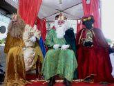 Los Reyes Magos reparten alegría entre los más pequeños