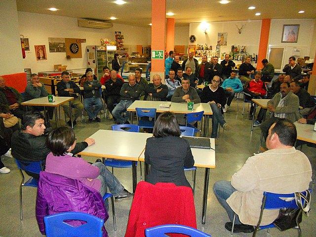 La alcaldesa se reúne con los vecinos del Paretón para informar sobre las propuestas del PGMO con relación a la pedanía, Foto 3