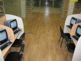 La biblioteca José María Munuera y Abadía amplía sus servicios con una nueva sala de informática con acceso a Internet