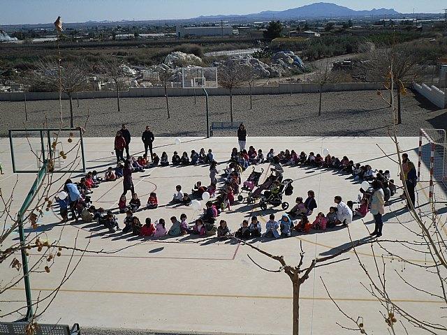El C.E.I.P. Luis Pérez Rueda celebró el Día de la Paz, Foto 1