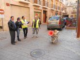La concejalías de Salud Pública y Servicios llevan a cabo trabajos de control de plagas de roedores en los diferentes barrios y pedanías del municipio