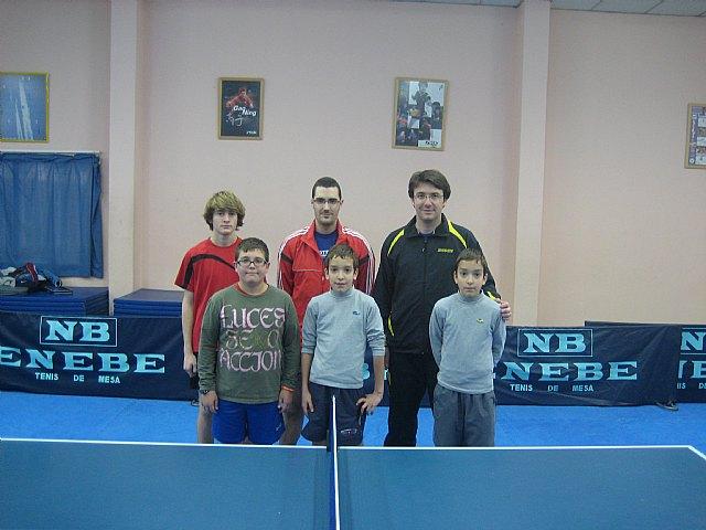 Tenis de mesa. 2ª nacional: Peña Barcelonista de Totana 1 -- Peralto Salud Linares 5, Foto 2