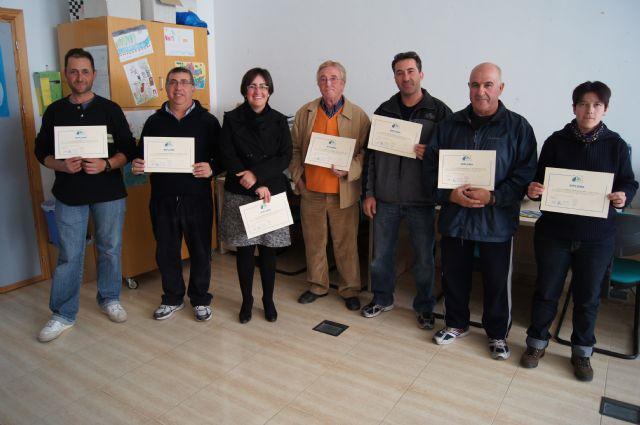 Trabajadores del Centro Especial de Empleo-CEDETO realizan un curso de formación sobre mecánica básica para motocicletas, Foto 1