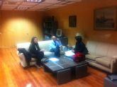 La alcaldesa se reúne con el secretario de Estado Jaime García-Legaz, del Ministerio de Economía y Competitividad, para presentarle el plan de viabilidad municipal