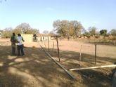 El pasado Martes, 7 de Febrero, comenzaba en un lejano rincon perdido del Africa más ancestral la construcción de un nuevo colegio - Foto 5