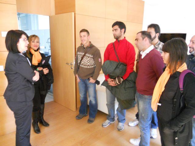 Alumnos de la Escuela Universitaria de Turismo de Cartagena visitan Totana, Foto 1