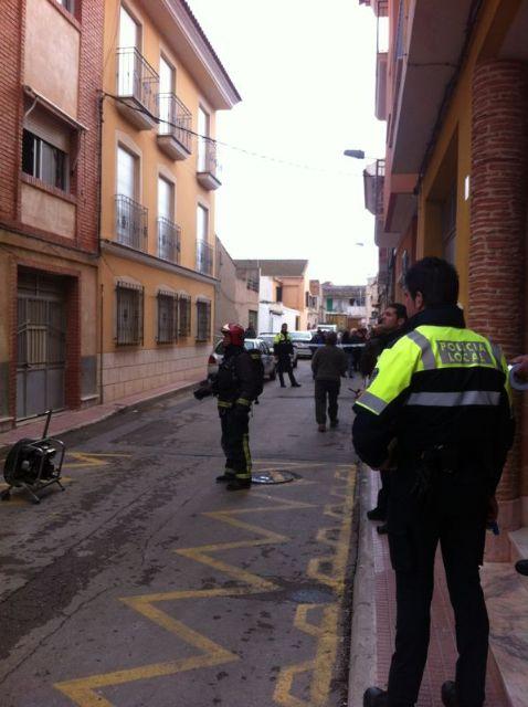 Sofocan un incendio provocado en una vivienda de la Calle Aragón originado por un cortocircuito en el frigorífico, Foto 1