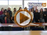 Un total de 15 alumnas inician el programa formativo de auxiliar de centros de estética y belleza