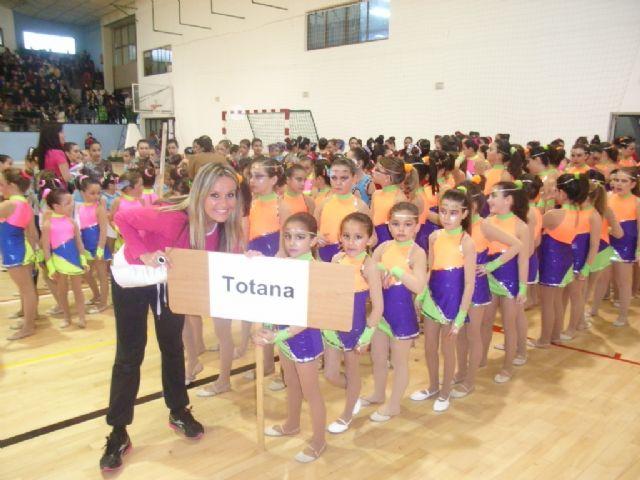 Más de 200 gimnastas procedentes de Lorca, Alhama y Totana han participado en la competición de Gimnasia Rítmica, Foto 2