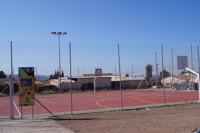 Las concejalías de Juventud y Deportes proponen, a iniciativa de Juvele, dar el nombre de Juan José Martínez González el Navarro a la pista polideportiva de Lébor, Foto 2