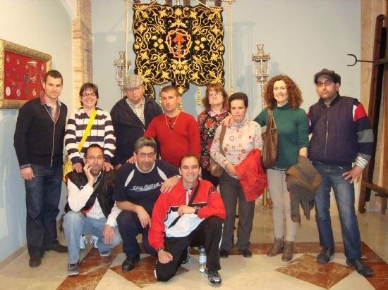 Los usuarios del Servicio de Apoyo Psicosocial visitan la sede del Ilustre Cabildo Superior de Procesiones, Foto 1