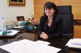 La alcaldesa cifra en 1,2 millones de euros el ahorro anual que supondrá dejar de costear los gastos de mantenimiento de los centros de enseñanza
