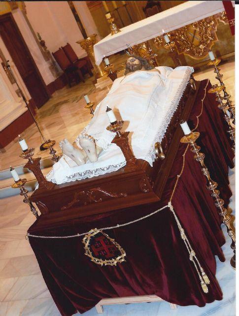 Mazarrón vive el Viernes Santo por la noche su velatorio a Cristo, Foto 1