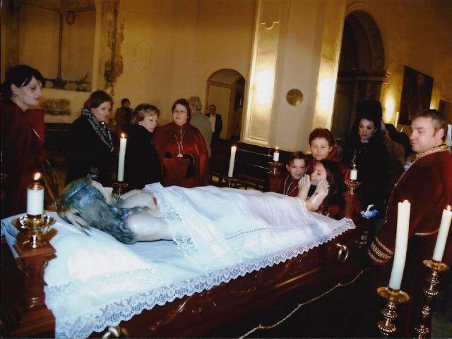 Mazarrón vive el Viernes Santo por la noche su velatorio a Cristo, Foto 2