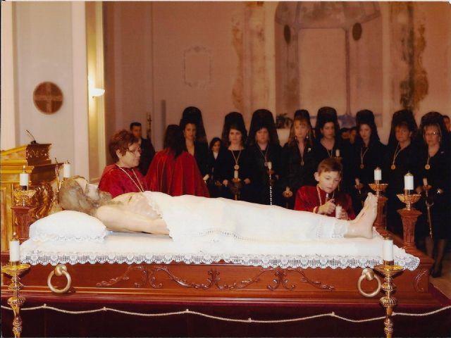 Mazarrón vive el Viernes Santo por la noche su velatorio a Cristo, Foto 3