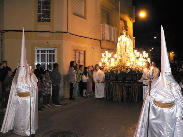 La procesión de Nuestro Padre Jesús Nazareno atrae a númeroso público a las calles de Puerto de Mazarrón, Foto 1