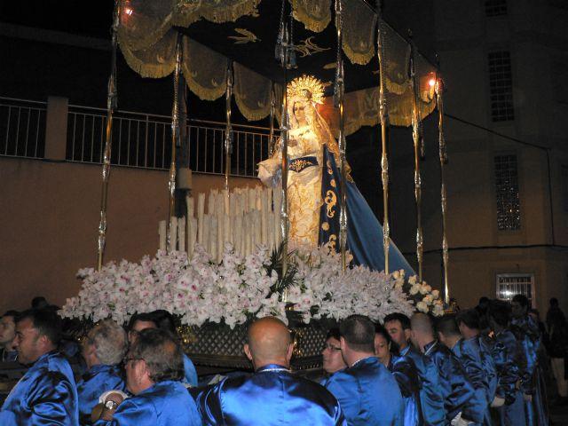 La procesión de Nuestro Padre Jesús Nazareno atrae a númeroso público a las calles de Puerto de Mazarrón, Foto 2
