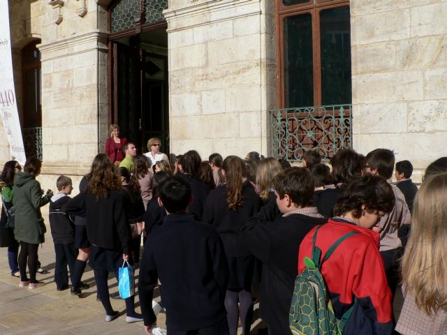 Los escolares de Mazarrón conocen los edificios históricos a través de visitas teatralizadas, Foto 1