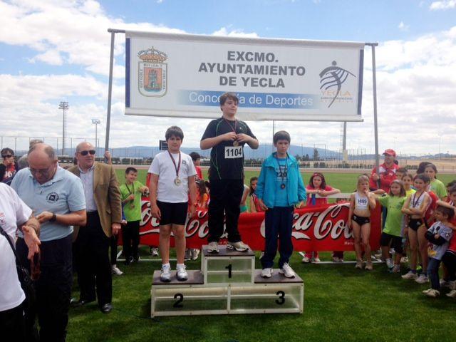 Álvaro Carreño campeón regional alevín de lanzamiento de jabalina, Foto 5