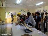 Autoridades municipales conocen las actividades de la semana cultural del IES Prado Mayor que lleva por título La memoria y el recuerdo