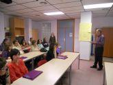 El Ayuntamiento clausura un segundo curso de ingl�s con 100 horas de formaci�n