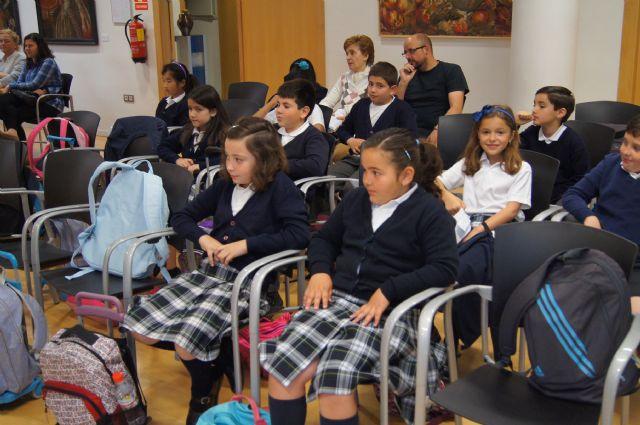 Los alumnos del Colegio La Milagrosa visitan el Ayuntamiento para conocer cómo funciona la Administración Local, Foto 4