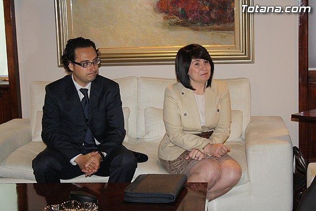 La alcaldesa de Totana reclama apoyo institucional al Vicepresidente del Comité de las Regiones, Foto 4